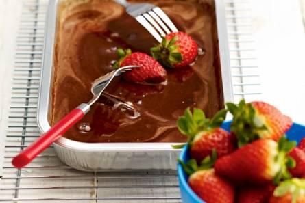 Aardbeien met chocoladesaus