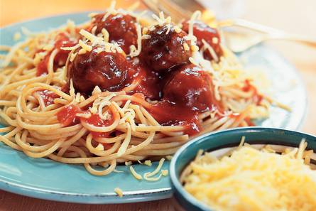 Spaghetti met tomatensaus en balletjes