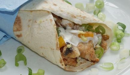 Meesterlijke kip wrap met luxe guacamole recept