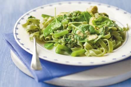 Groene pasta met groenten