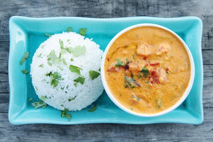 Vegan curry met geroosterde paprika & kikkererwten