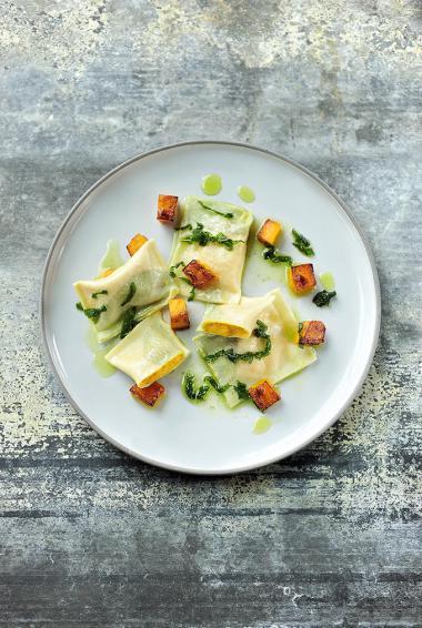Recept 'ravioli van butternut pompoen met salie'