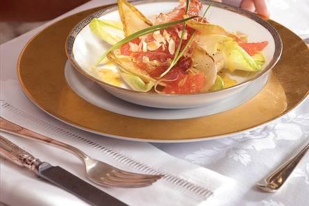 Geroosterde witlofsalade met krokante ham