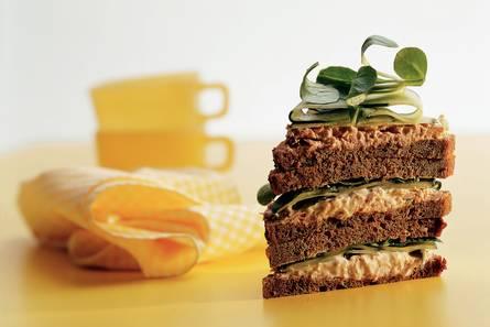 Sandwich met tonijn-citroensalade