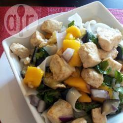 Vegetarische noedelsalade met mango recept