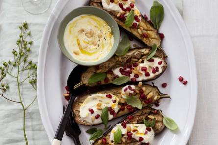 Yotam ottolenghi's geroosterde aubergines