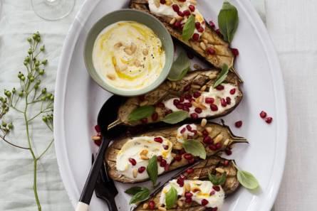 Yotam ottolenghi's geroosterde aubergines