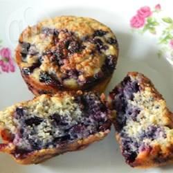 Muffins met blauwe bessen, havermout en chiazaadjes recept ...
