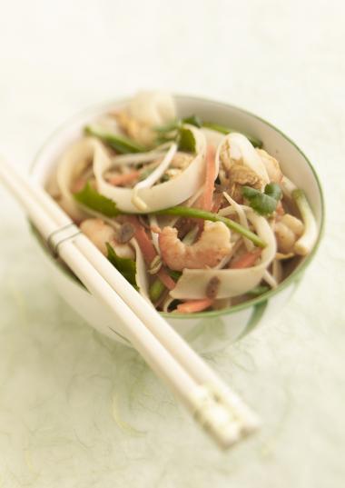 Recept 'thaise noedels met scampi en koriander'
