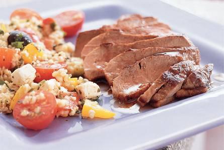 Eendenborstfilet met mediterrane salade