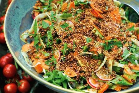 Pascale naessens' salade van groenten met gemarineerde ...