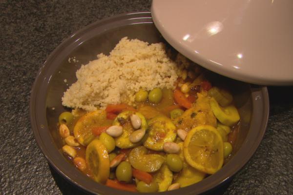 Tajine van kip met couscous
