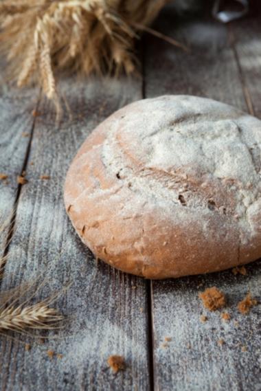 Recept 'gevuld brood met spek, kip en champignons'