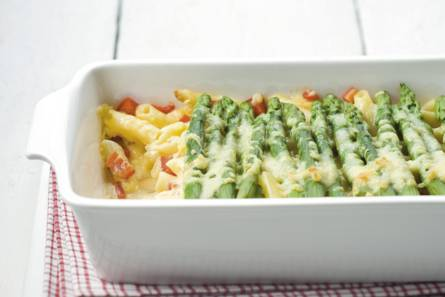 Pastaschotel met groene asperges