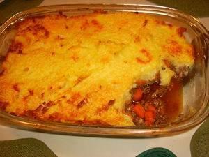 Ovenschotel met winterpeen, uien en gehakt( shephards pie ...