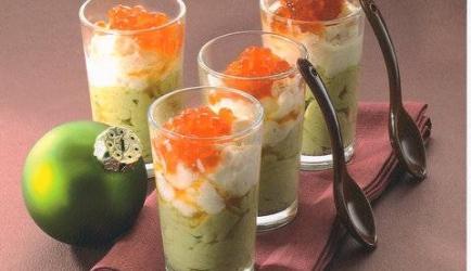 Avocadobavarois en garnalentartaar als amuse of voorafje. recept ...