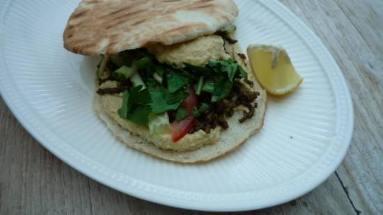 Shoarma & houmous pita broodje recept