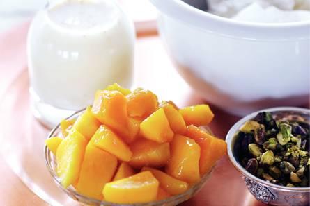 Mango lassi (smoothie)