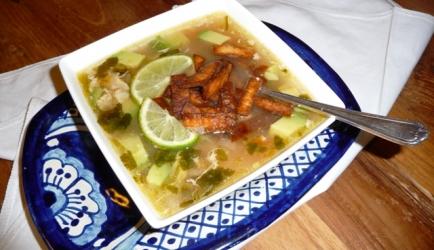 Mexicaanse kip limoensoep (sopa de lima pollo mexicana recept ...