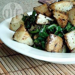 Geroosterde aardappelen met spinazie recept