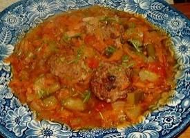 Gehakt stoofschotel met spekjes en veel groenten recept ...