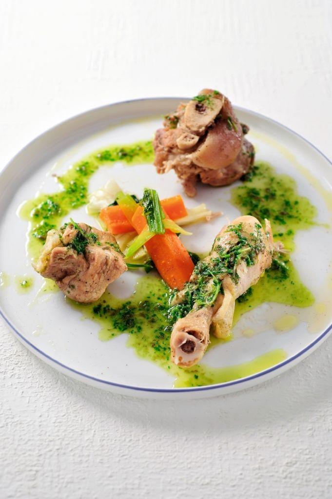 Recept 'gekookt vlees met salsa verde'