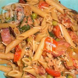 Penne met pancetta, tonijn en spinazie recept