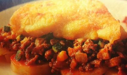 Ovenschotel met gehakt, courgette en tomatensaus recept ...