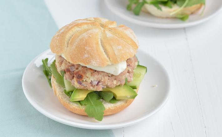 Fresh & easy: tonijnburger met avocado