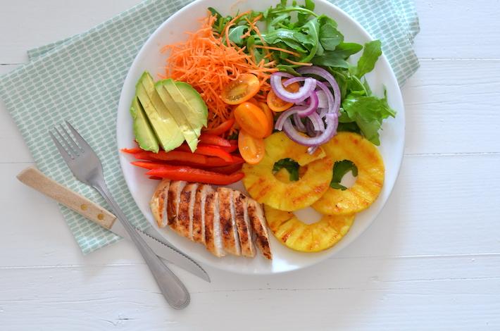 Fresh & easy: salade met gegrilde ananas