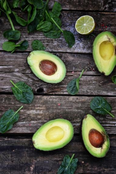 Recept 'gemarineerde zeebaars met avocado en venkel'