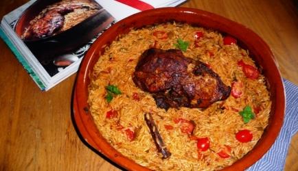 Griekse lamsbout met rijstvormige pasta (arni yiouvestsi) recept ...