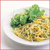 Spaghetti aglio e olio (spaghetti met knoflook en olie) recept ...