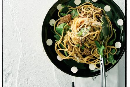 Spaghetti met biefstuk en rucola