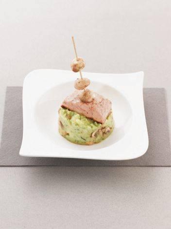 Broccolistamppot met gebakken zalm en champignons recept ...