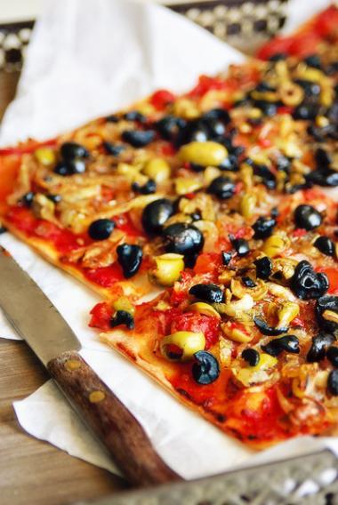 Recept 'pissaladière met zwarte olijven'