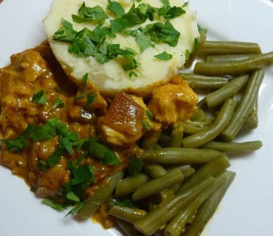 Romige viscurry uit de wok met kabeljauw recept
