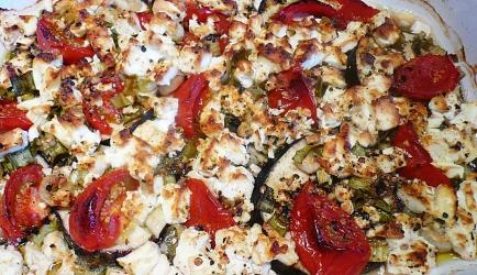 Ovenschotel aubergine met feta en tomaat recept