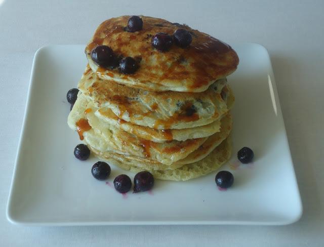 American pancakes met blueberries