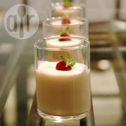 Feestelijke witte chocolademousse recept