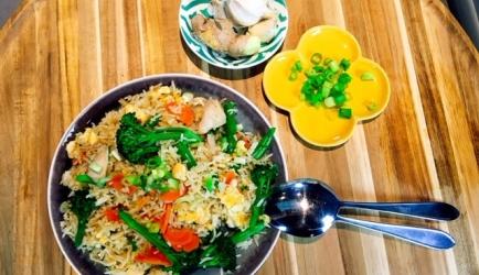 Khao pad kai recept