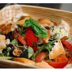 Zomerse italiaanse broodsalade recept