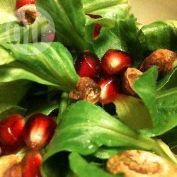 Salade met granaatappel en pistachenootjes recept