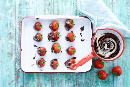 Gemarmerde choco-aardbeien