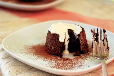 Warme chocoladecakejes
