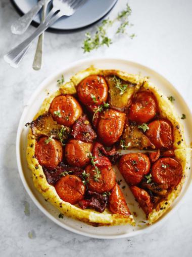 Recept 'tarte tatin met gegrilde paprika & tomaat'