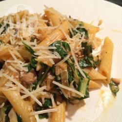 Pasta met snijbiet en champignons recept