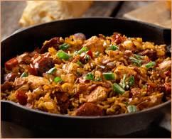 Creoolse jambalaya met chorizo, spek, kip en garnalen recept ...