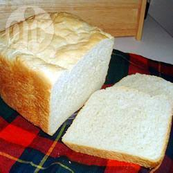Witbrood uit de broodmachine recept
