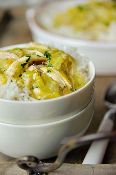 Recept 'gesmoorde kip in kerrie prei saus'
